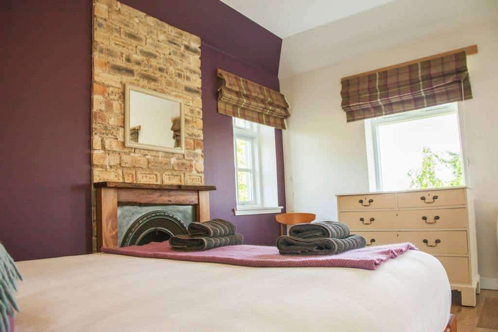 Brae Cottage second bedroom with double aspect windows