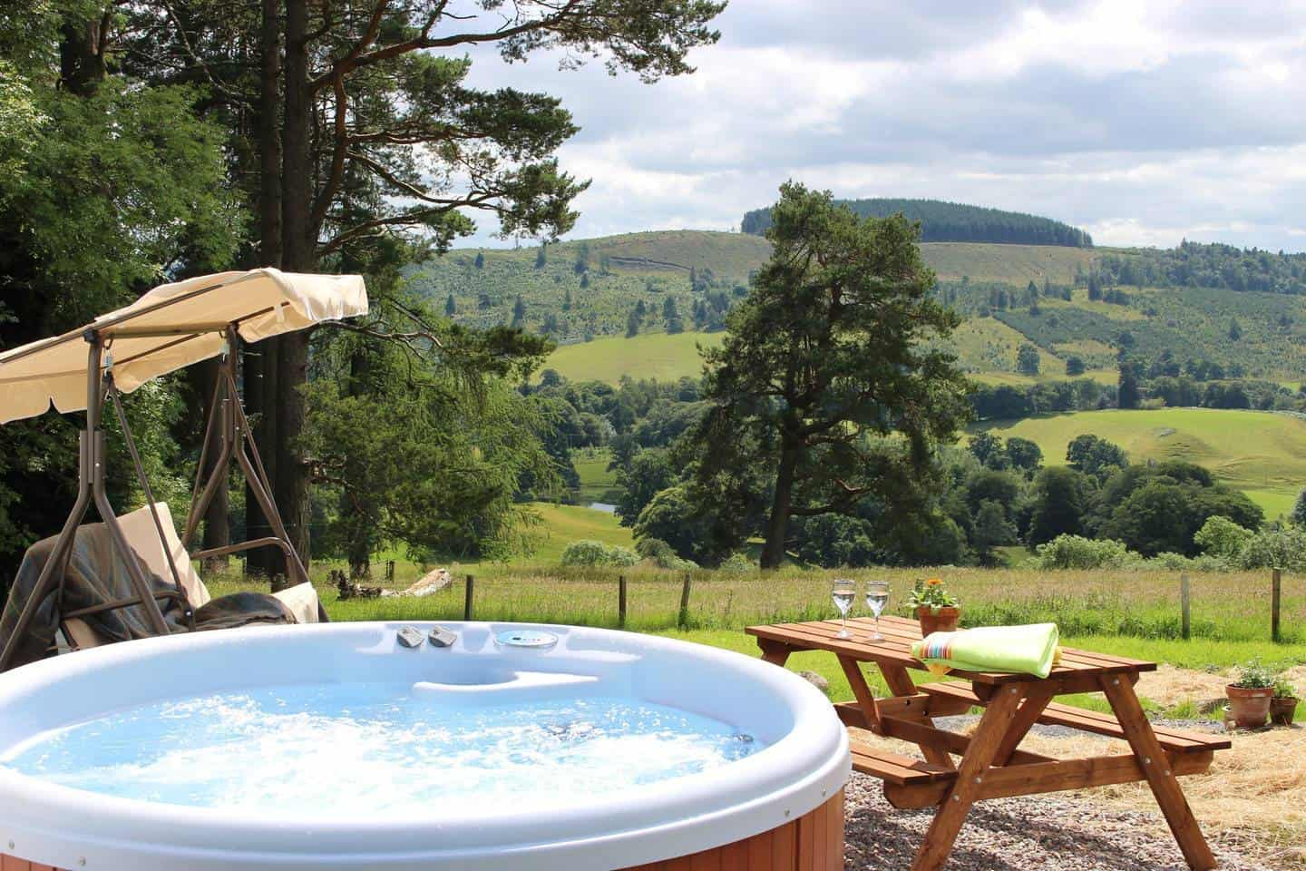 Brae cottage hot tub with views across the countryside of this stunning holiday home in Scotland