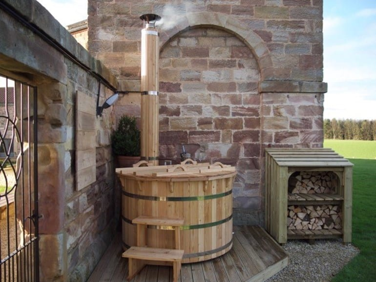 Wood fired hot tub at darjeeling in Yorkshire
