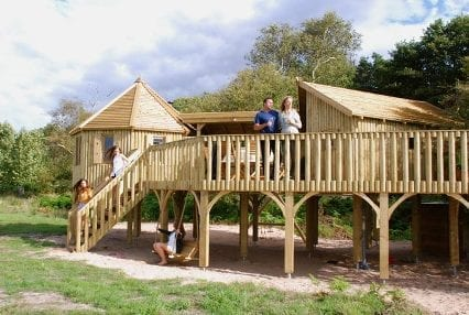 Treehouse with raised decking to enjoy the views